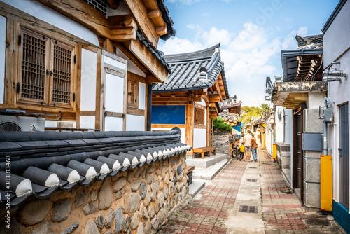 Cuadros en Lienzo Laneway in Gyeongju with old Korean houses and dramatic light Gyeongju South Kor
