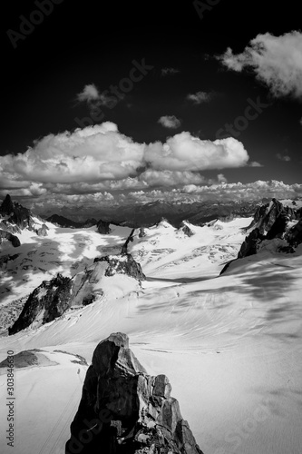 Fotografia, Obraz Mont-Blanc massif : View from the top of Aiguille du Midi, in the background the