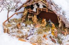 Weihnachtliche Krippenszene Im...