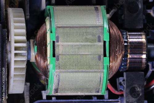 Obraz na plátne Electric motor with carbon brushes and commutator