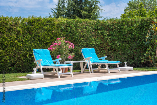 Foto swimming pool deck chair