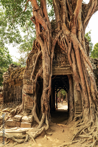 Photo ancient temple Ta Som Gate complex Khmer architectur city in the jungle Siem Rea