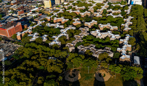 Fotografía  Aerial view of Stuyvesant Town and Peter Cooper Village in Manhattan, New York C