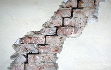 A Crack In The Red Brick Wall....