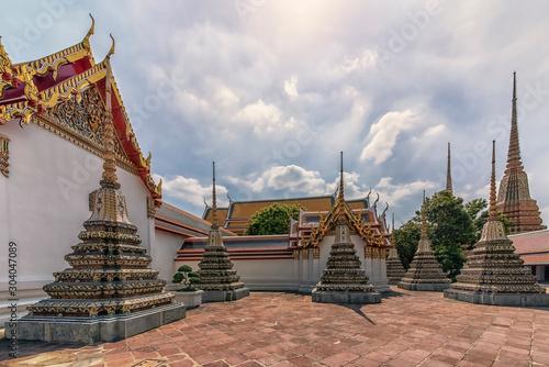 Photo  Wat Pho temple in Bangkok, Thailand