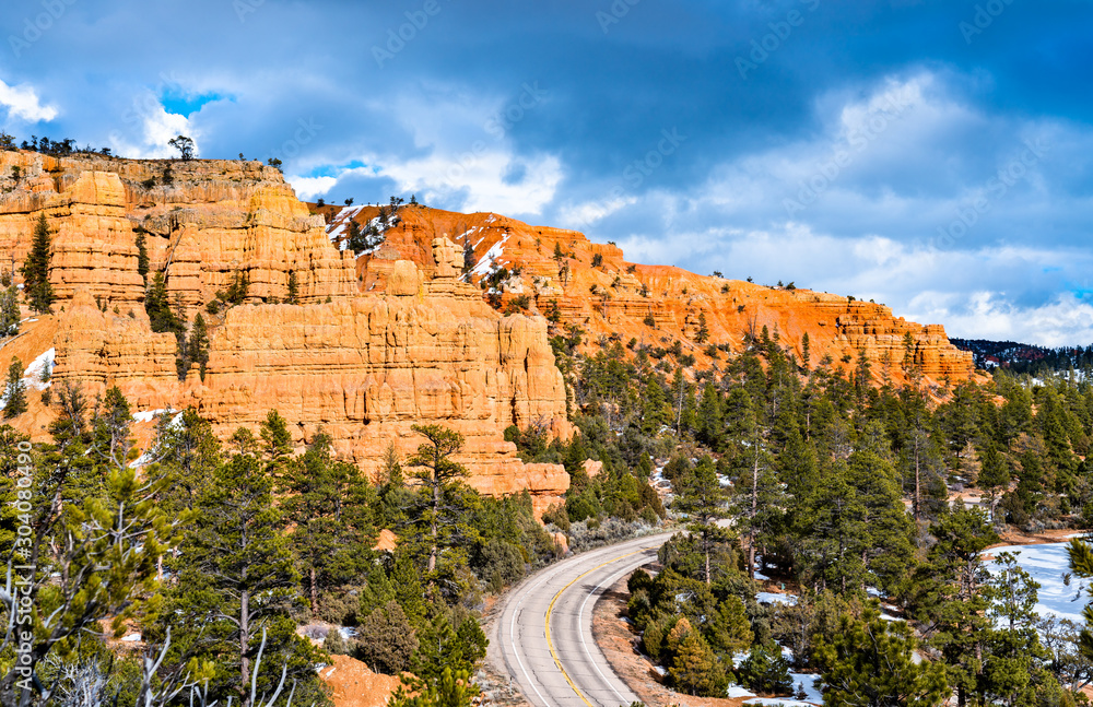 Fototapety, obrazy: Scenic Byway 12 at Red Canyon in Utah, the USA