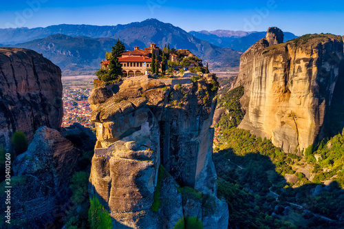 Obraz aerial view from the Monastery of the Holy Trinity in Meteora, Greece - fototapety do salonu