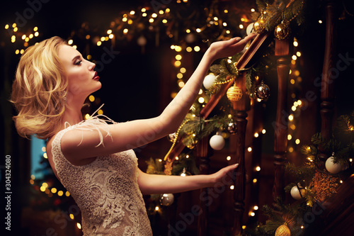miracles on Christmas night Wallpaper Mural