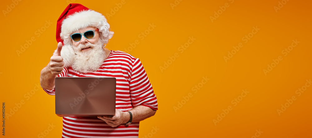 Fototapety, obrazy: Santa on vacation