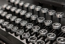 Antique Typewriter. Classic Ke...