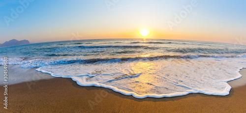 Fototapety, obrazy: Dawn by the sea
