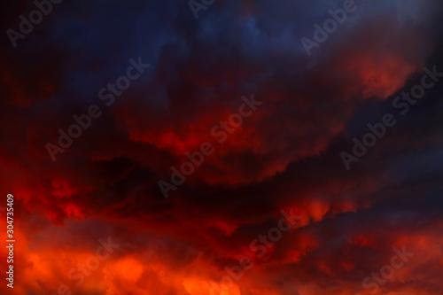 Obraz Dramatic Clouds Background - fototapety do salonu
