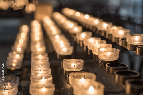 Canvastavla Kerzen, Kirche, Gebet