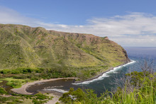Overlooking Kawili And Kamaalaea Beaches On Halawa Bay On Molokai's Eastern Shore, Hawaii, USA