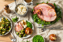 Homemade Glazed Holiday Ham Roast