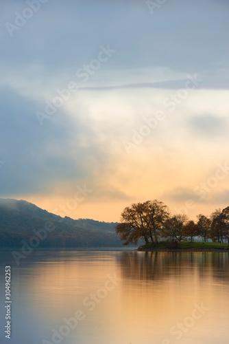 stuning-autumn-fall-sunrise-landscape