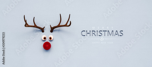Fotografía Reindeer toy with red nose Christmas background concept 3D Rendering