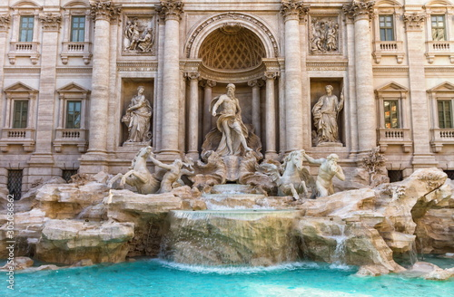 Photo Close up on Trevi fountain, Roma, Italy
