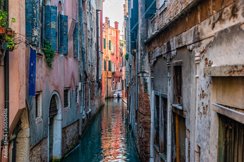 Fototapety, obrazy: Traditional canal street in Venice, Italy