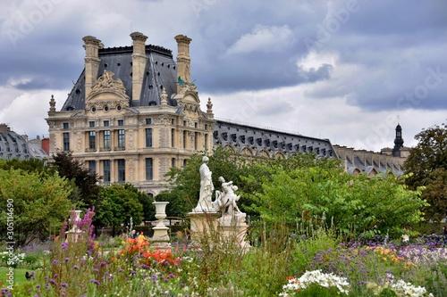 Fototapeta Louvre gardens in Paris - France