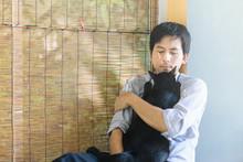 The Love Between A Black Cat A...