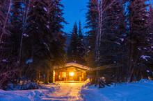 Warmth Of Home Log Cabin Alaska