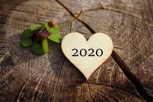 Ein Frohes Neues Jahr 2020 !