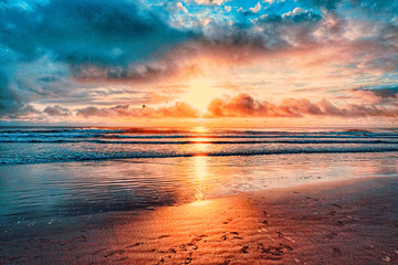 Atlantic Ocean, Shoreline, Florida, Coastline, Daytona Beach, beach, sun, sunrise, waves, tides,