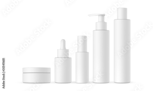 Papel de parede Blank cosmetic packaging mock up: jar, dropper, bottle with press pump, small and high bottles