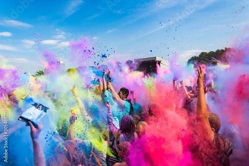 Festiwal Kolorów Holi. Indyjskie święto z kolorowym pudrem, Polska - 305489211