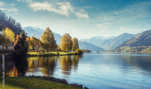 Wall mural - Impressively beautiful Fairy-tale mountain lake in Austrian Alps.