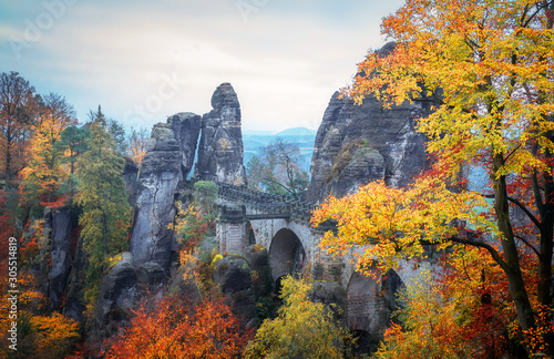 wonderful-autumn-landscape-incredible-foggy-morning-in-saxon-switzerland-national-park-near-dresden-at-the-elbe-river-unsurpassed-sunrise-in-the-mountains-saxon-switzerland-impressive-nature
