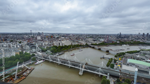 фотография Aerial footage of London's landmarks