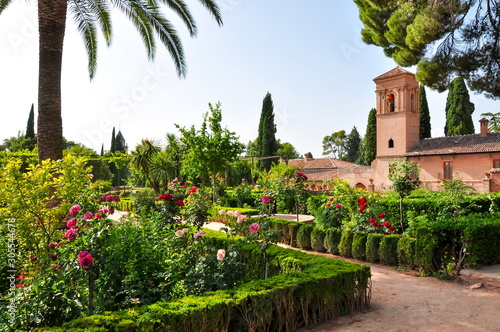Photo  Alhambra gardens in Granada, Spain