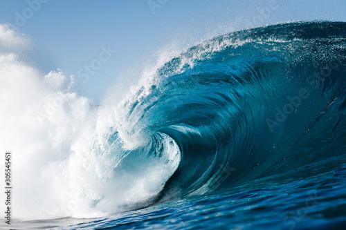 olas durante un día de verano Canvas Print