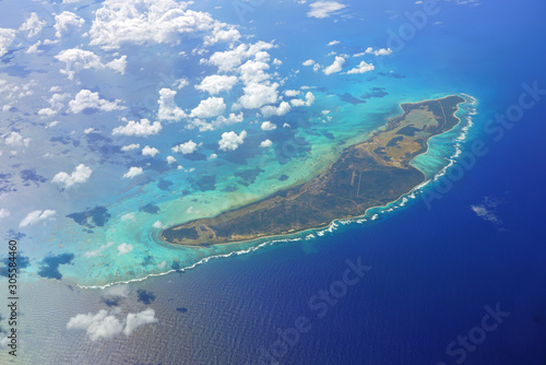 Fototapeta Aerial view of the Caribbean island of Anegada in the British Virgin Islands