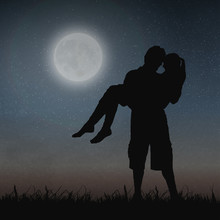 Lovers Under The Moonlight