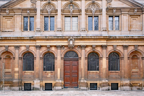 OXFORD, ENGLAND -   The Palladian facade of the Oxford University's Sheldonian T Canvas Print