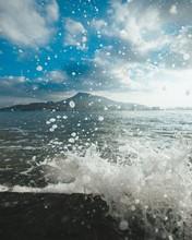Sea Waves Crashing