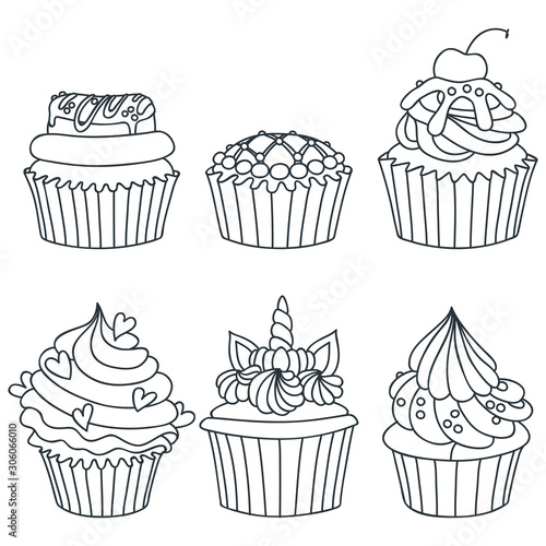 Photo Set of cupcakes