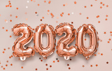 2020 Balloons On Pink Backgrou...