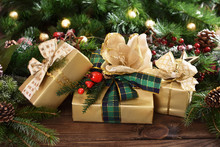 Christmas Gift Boxes Wrapped I...