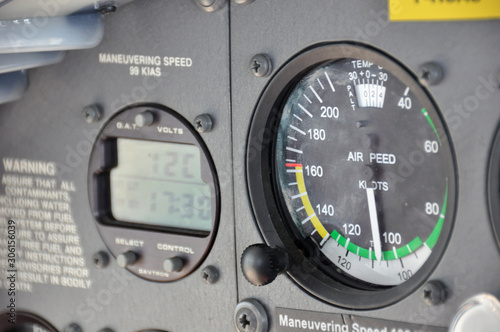 Time and airspeed indication in knots, anemometer onboard the flight deck of a C Wallpaper Mural