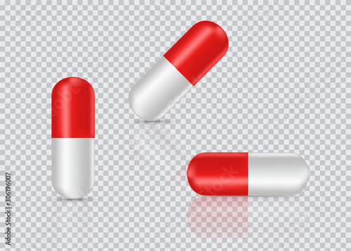 Carta da parati Capsule pills on transparent background
