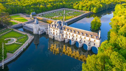 Chateau de Chenonceau is a french castle spanning the River Cher near Chenonceau Fototapete