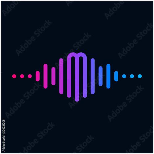Fényképezés letter M with Pulse music player element