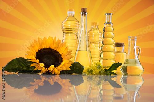 Fototapeta Cooking oils in bottle background obraz