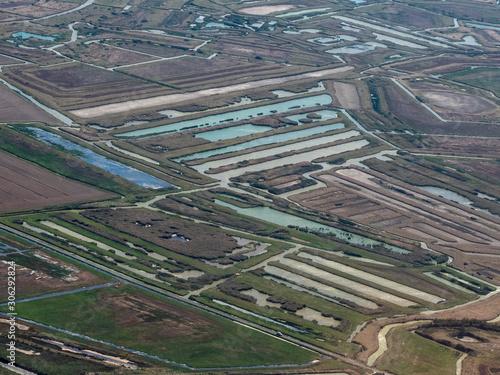 vue aérienne de marais salants à Brouage en Charente Maritime en France Fototapeta