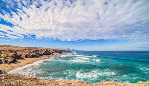 Atlantik Traumbucht an der Westküste von Fuerteventura Playa del Viejo Rey / Spa Wallpaper Mural