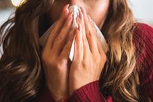 Flu Cold Or Allergy Symptom.Si...